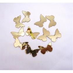 Auksiniai maži drugeliai